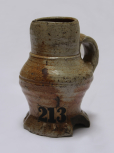 Earthenware vessel with handle